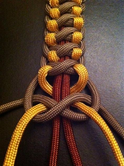 Cool Hemp Knots - different way to paracord packing for summer c