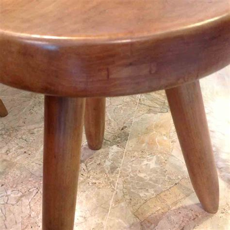Tabouret Perriand by Tabouret De Perriand