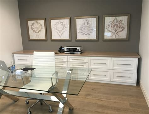 Minimalist Office Table this feminine office remodel readies a young businesswoman