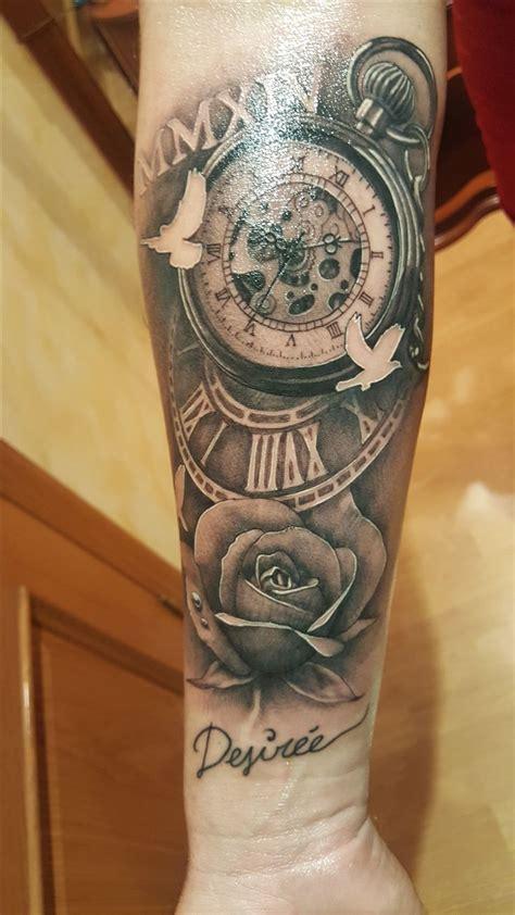tattoos de rosas tatuaje reloj de bolsillo antiguo y rosa tats