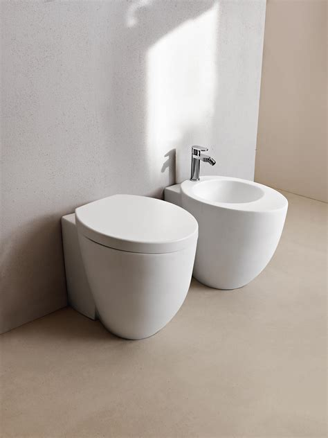 le bidet le giare back to wall wc bidet toilets from ceramica