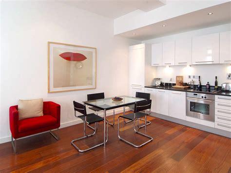 home interior design with wallpaper rift decorators عکس چیدمان منزل گالری عکس تصویر