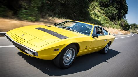 Garage House Music 1975 maserati khamsin jay leno s garage youtube