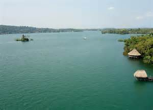Small But Beautiful Homes - an extraordinary guide to caribbean coast of guatemala rio dulce and lago de izabal part ii