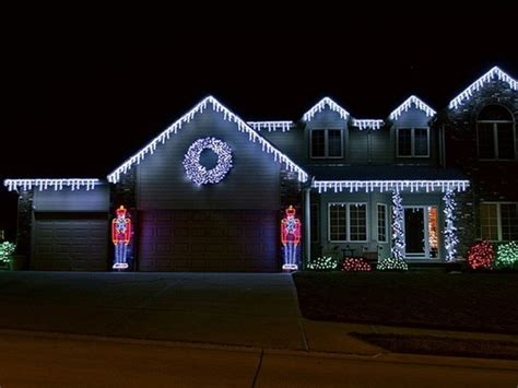 simple house christmas lights holidays pinterest