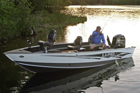 18 foot fishing boat 2015 lund 1775 pro guide