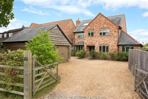 6 bedroom houses for sale houses for sale in aylesbury buckinghamshire property onthemarket