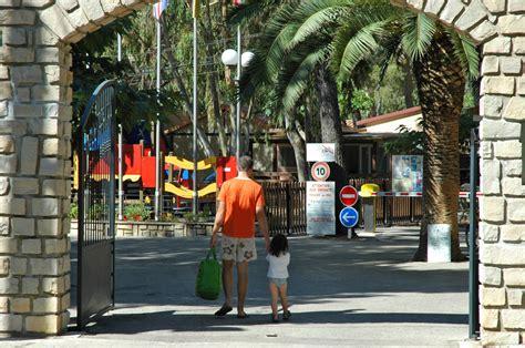 Album Photos du Camping Domaine du Ceinturon 3 à Hyères les palmiers Var