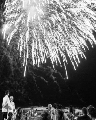 b07jwjn374 noces de neige e lit guests partied the night away under firework lit skies