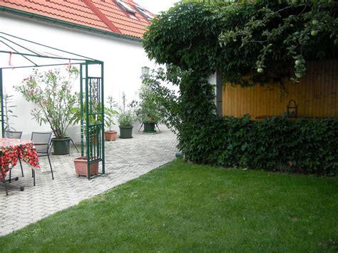 Hof Und Garten by Ferienhaus Sommer Neusiedlersee Frau Margarete Sommer