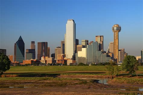 park dallas best places to view and photograph the dallas skyline uponarriving