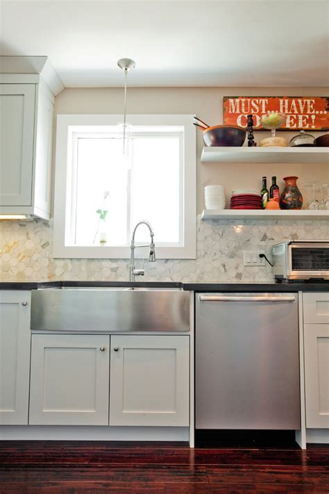 farmhouse sink with backsplash kitchen traditional with