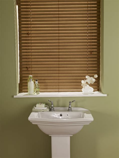 best blinds for bathroom the best blinds for a bathroom just blinds