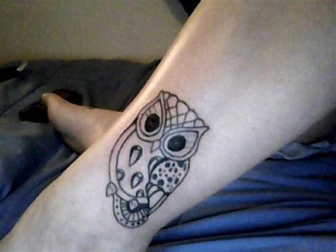 owl tattoo designs simple simple owl tattoo design on leg busbones