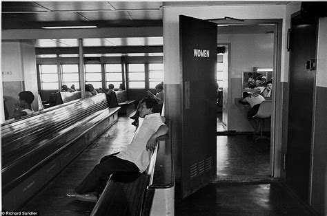 the room staten island gritty 1980s new york city through the lens of renowned photographer daily mail
