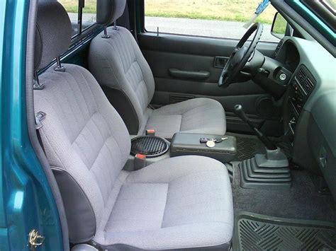 nissan trucks interior nissan truck interior gallery moibibiki 2
