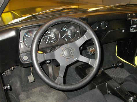 1975 opel manta interior file opel manta interior jpg wikimedia commons