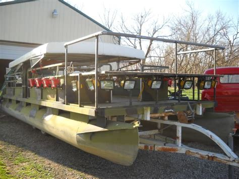 party boat fishing rigs 1000 images about bowfishing on pinterest boats