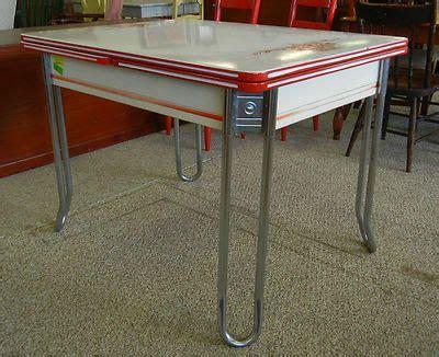 vintage enamel kitchen table vintage folding enamel table search kitschy kitchens we metals and