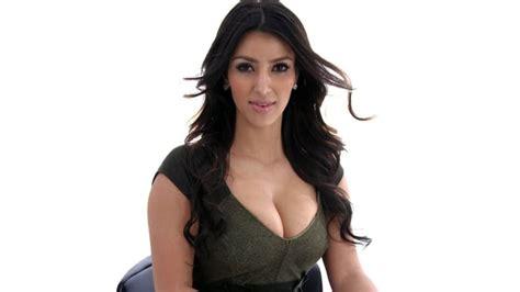 kim kardashian sexy celeb 20 hot celebs who ve never needed breast implants