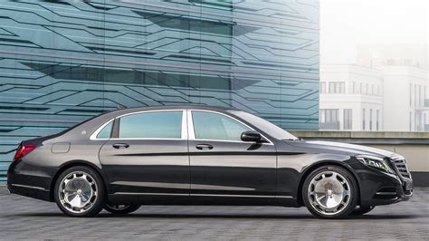 mercedes maybach 2016 mercedes maybach s class threatening to go beyond