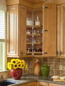 Kitchen Corner Cupboard Ideas by How To Organize Corner Kitchen Cabinet 5 Guides
