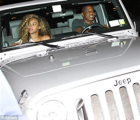 jay z jeep beyonce goes back to the eighties with wild curly hair and