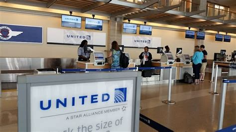 check in united airlines united airlines u s takeoffs halted on automation