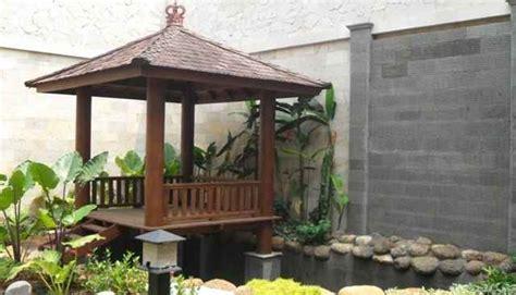 gazebo  atas kolam ikan eksterior rumah