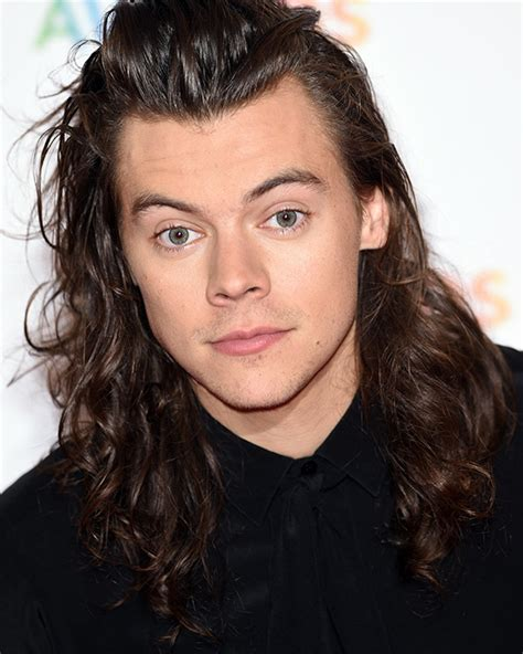 harry styles curly hairstyle how to achieve it cool harry styles hair during carpool karaoke expert tips