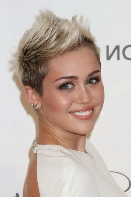 fresh edgy haircuts for female professionals pixie haircuts for ladies over 50