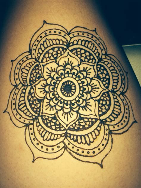henna tattoo wall art henna mandala flower on thigh henna