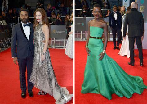 imagenes hola lupita las noticias de las twins alfombra roja premios bafta 2014