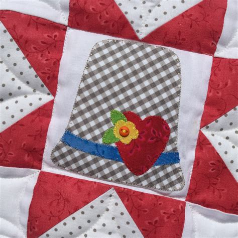 Thimble Quilt by Thimble Laser Cut Shapes Kit Stitches Of
