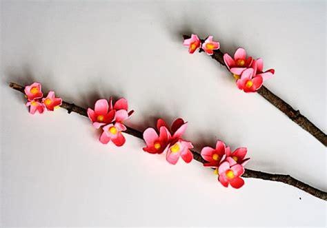 cara membuat pohon natal dari ranting kayu hiasan dinding ranting kayu berbungakreasi dan kerajinan