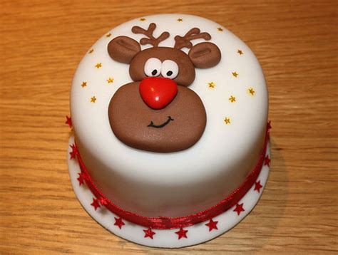 christmas decorated cake ideas 10 cool cake decorating ideas smashing tops