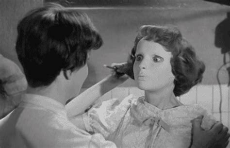 eyes without a face   DirtyHorror.Com