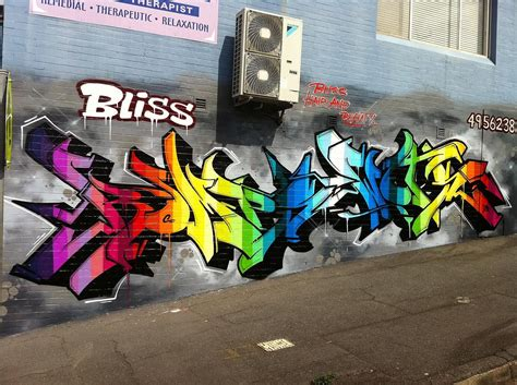 mo creative professional graffiti murals graffiti