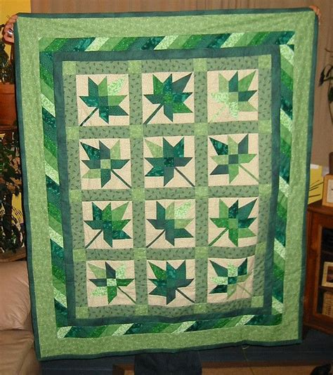 Maple Leaf Quilts by Maple Leaf Quilt Green Quilting