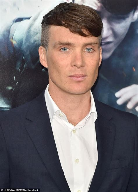 pinky blinders haircut harry styles and cillian murphy arrive at premiere for