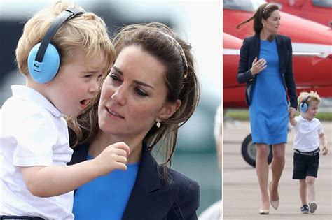 get the look kate middletons autumnal fringe hair kate middleton sports another hair trend and blue stella