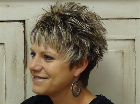 spiky haircuts for 50 short spiky hairstyles for women over 50 hairstyle foк