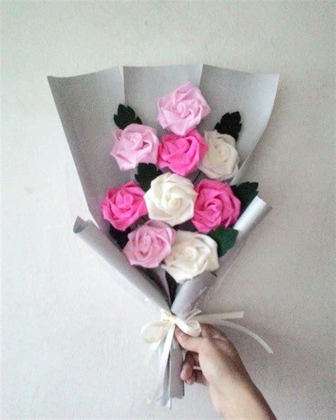 tutorial membungkus buket bunga flanel jual buket bunga mawar flanel sp1 di lapak daisyflo id