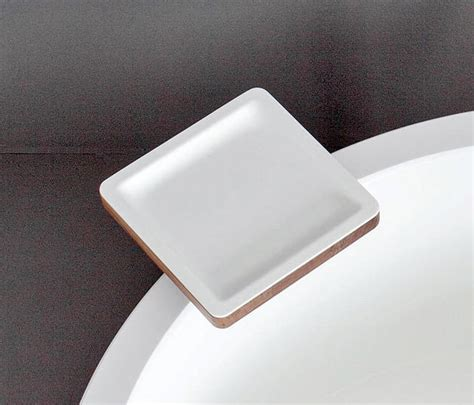corian ablage dressage bathtub tray in solid wood and corian