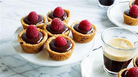 Snack Bisquit Pie Rasa Strawberry Dan Choco easy raspberry ganache cookie recipe from betty crocker