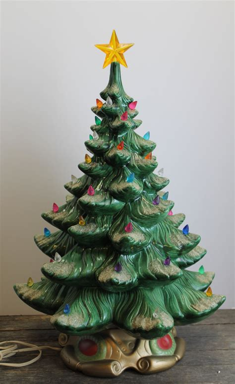 large elegant vintage atlantic mold ceramic christmas tree