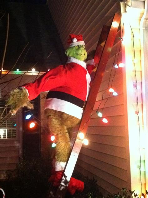 The Grinch Decorations For by Thief Steals Size Grinch Decoration From