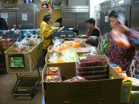 Tukwila Food Pantry by Sea Tac Airport Food Donation Program Enters 10th