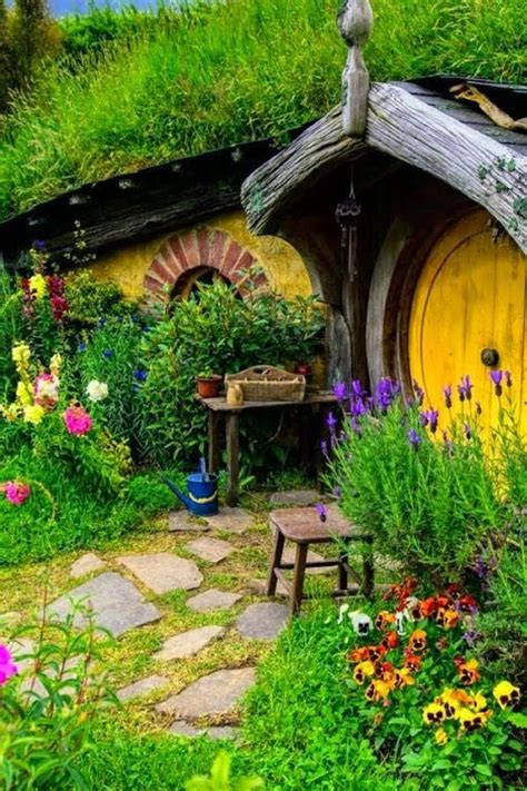 new zealand hobbit houses hobbit houses hobbit and new zealand on pinterest