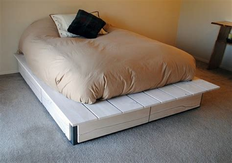 pallet bed frame diy recycled pallet bed frame projects recycled things